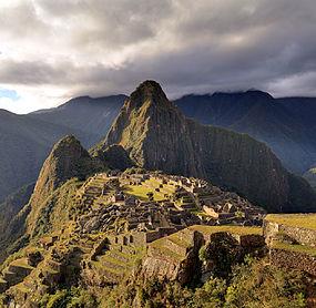 285px-80_-_Machu_Picchu_-_Juin_2009_-_edit_2